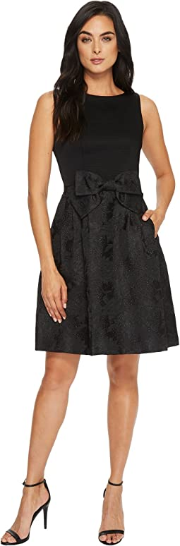 Tahari by ASL - Party Dress with Bow At Waist