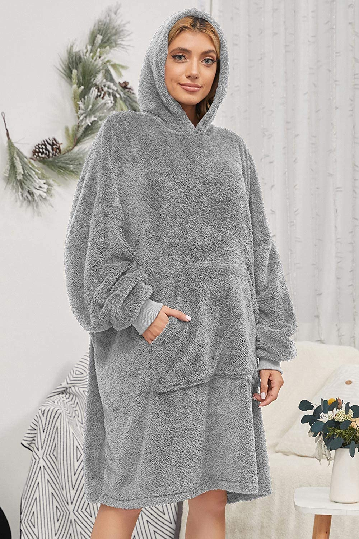 Voqeen Oversized Sherpa Hoodie Super Soft Warm Wearable Blanket Sweatshirt with Giant Pocket One Size Fits All Women Girls Adults Men Boys Kids