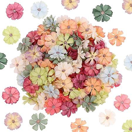 Têtes de Fleurs artificielles 100Pcs décoratives Fleurs de Marguerite Artificielle têtes Mini Fleurs en Soie Fausses têtes de Fleurs pour Bricolage Artisanat Couronne de Mariage décoration (4.5cm)