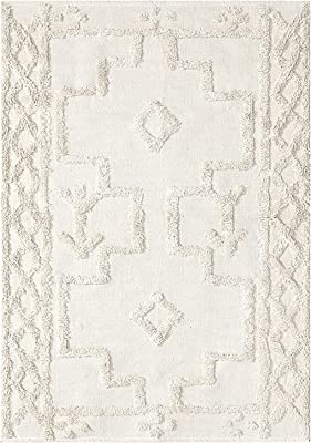 Uphome Tufted Cotton Area Rug 4' x 6' Boho Geometric Throw Rugs Hand Woven Diamond Farmhouse Mat Washable Modern Tribal Floor Carpet for Entryway Porch Bedroom Living Room Kitchen