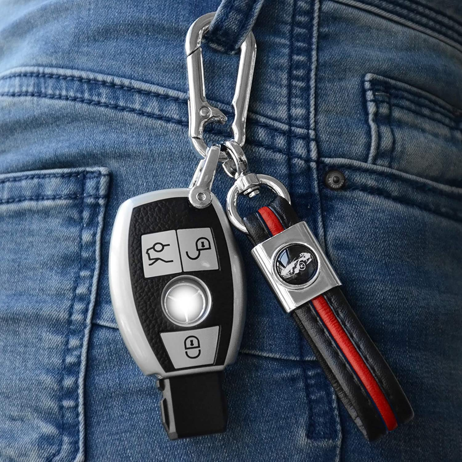 2Pack LATENT Car Keychain Zinc Alloy Keychain Holder for Men Key Chain with Key Ring Leather Key Strap Sturdy Keychains Present for Men Women Suit with All Car Models-Blue