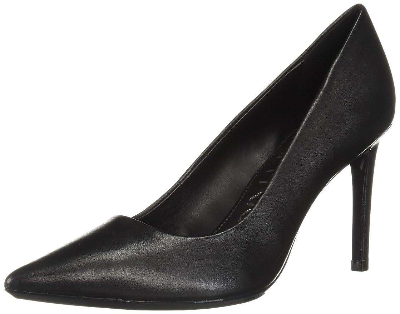 盗賊利益ボックス[Calvin Klein] レディース US サイズ: 7.5 B(M) US カラー: ブラック