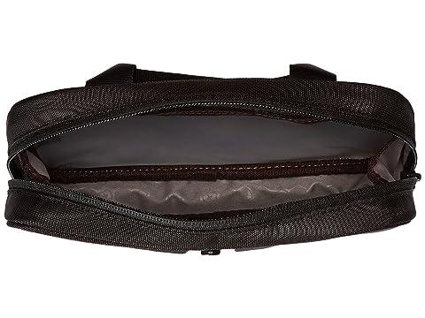 Overnight Essentials artículos de negro Victorinox tocador Kit logotipo de negro SKXTpwqq