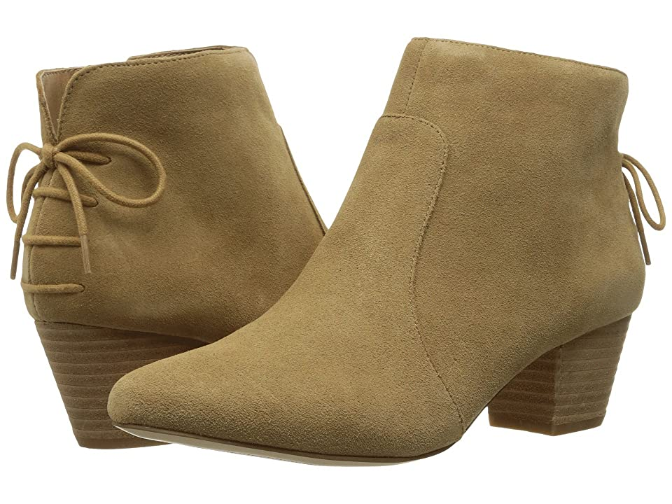 Tahari Charles (Fawn Cow Suede) Women