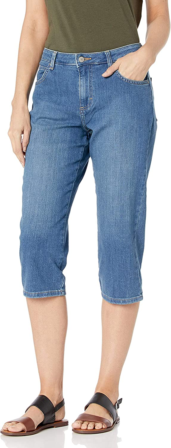 Lee Women's Relaxed Fit Capri Pant at  Women's Clothing store