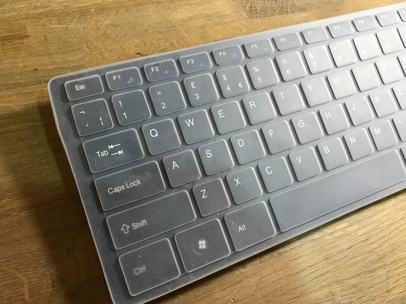Teclado inalámbrico Blanco + Alfombrilla de números y ratón para Toshiba 46TL938 3D LED Smart TV: Amazon.es: Electrónica