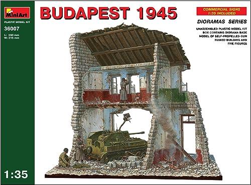 MiniArt 36007 - Budapest 1945