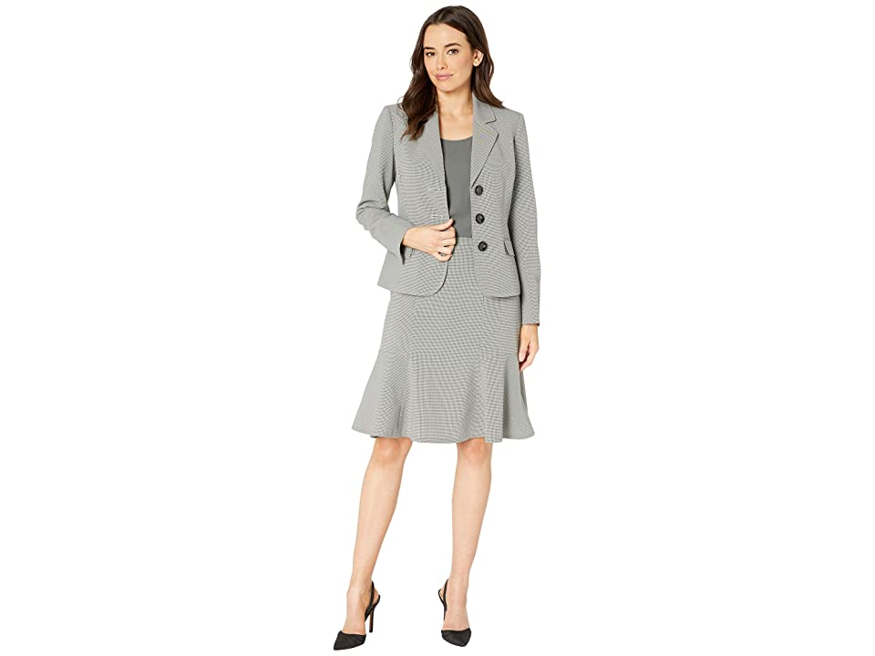 Le Suit Three-Button Notch Collar Flare Skirt Suit (Forest Multi) Women