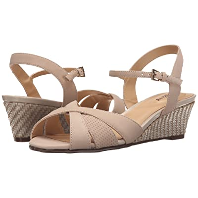 Trotters Mickey (Sand Perf Nubuck Leather/Smooth Nubuck Leather) Women