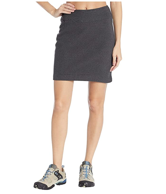 White Sierra Blacktail Fleece Skirt (Black) Women