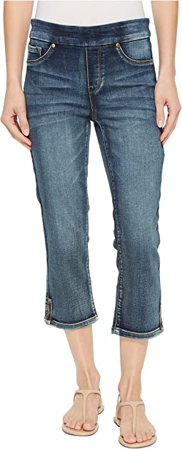 "Tribal 22"" Knit Denim Pull-On Capris with Side Leg Detail in Medium Wash"