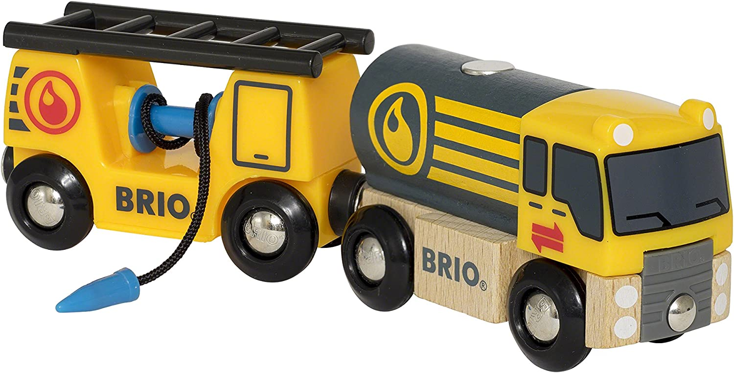 Ravensburger UK 33907 Airport Brio World  Tanker Truck with Hose Waggon