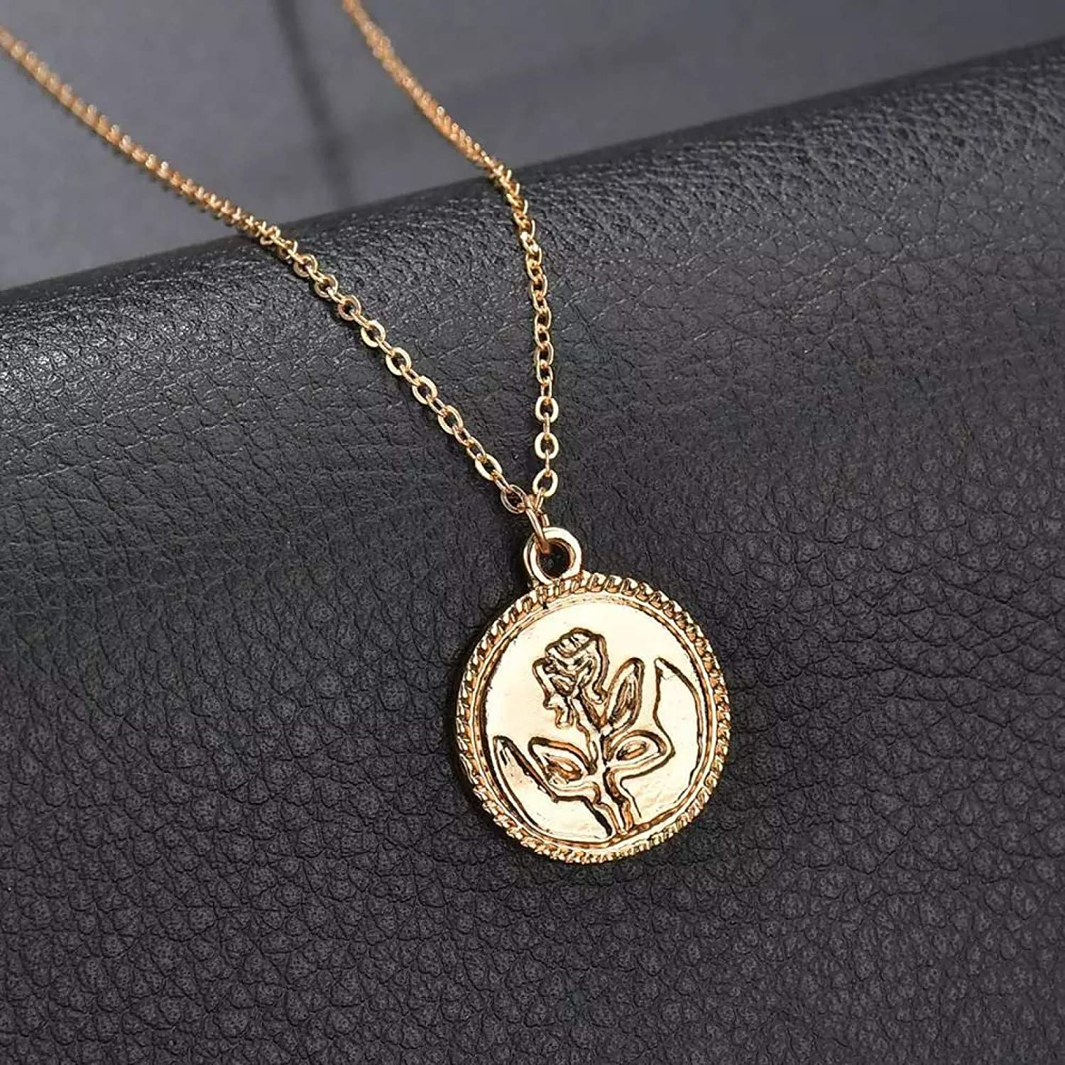 N/A Necklace Pendant Fashion Gold Color Rose Sequined Pendant Necklace for Women Garden Flower Charm Choker Collares Necklace Jewelry Women Halloween Christmas Birthday Party Gift