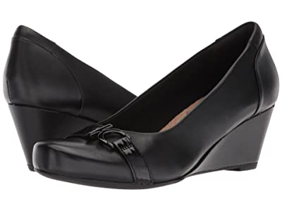 Clarks Flores Poppy (Black Leather) Women