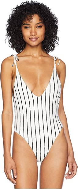 e036a14023d86 Women s One Piece Swim