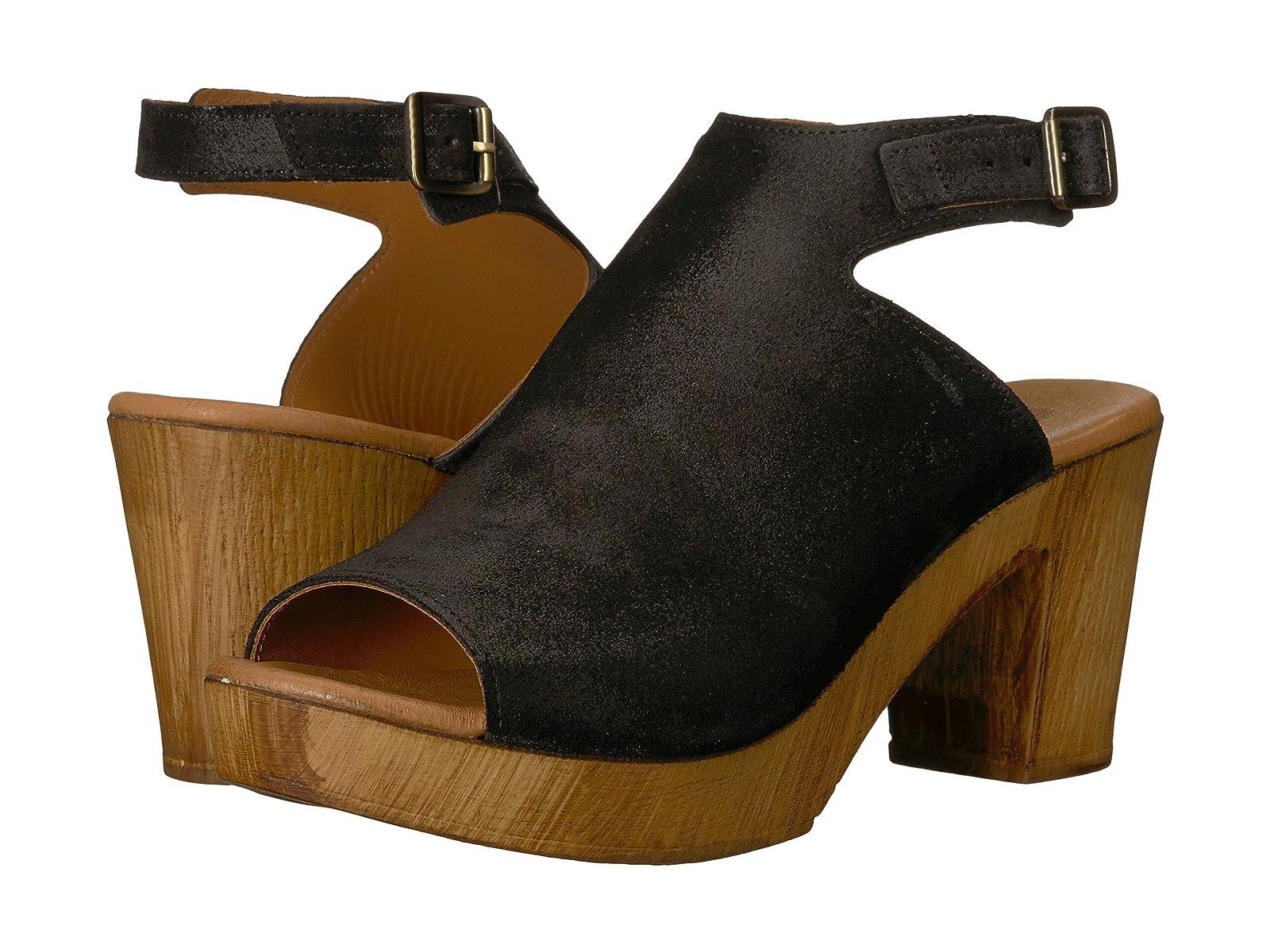 Eric Michael RhondaAtmospheric grades have affordable shoes