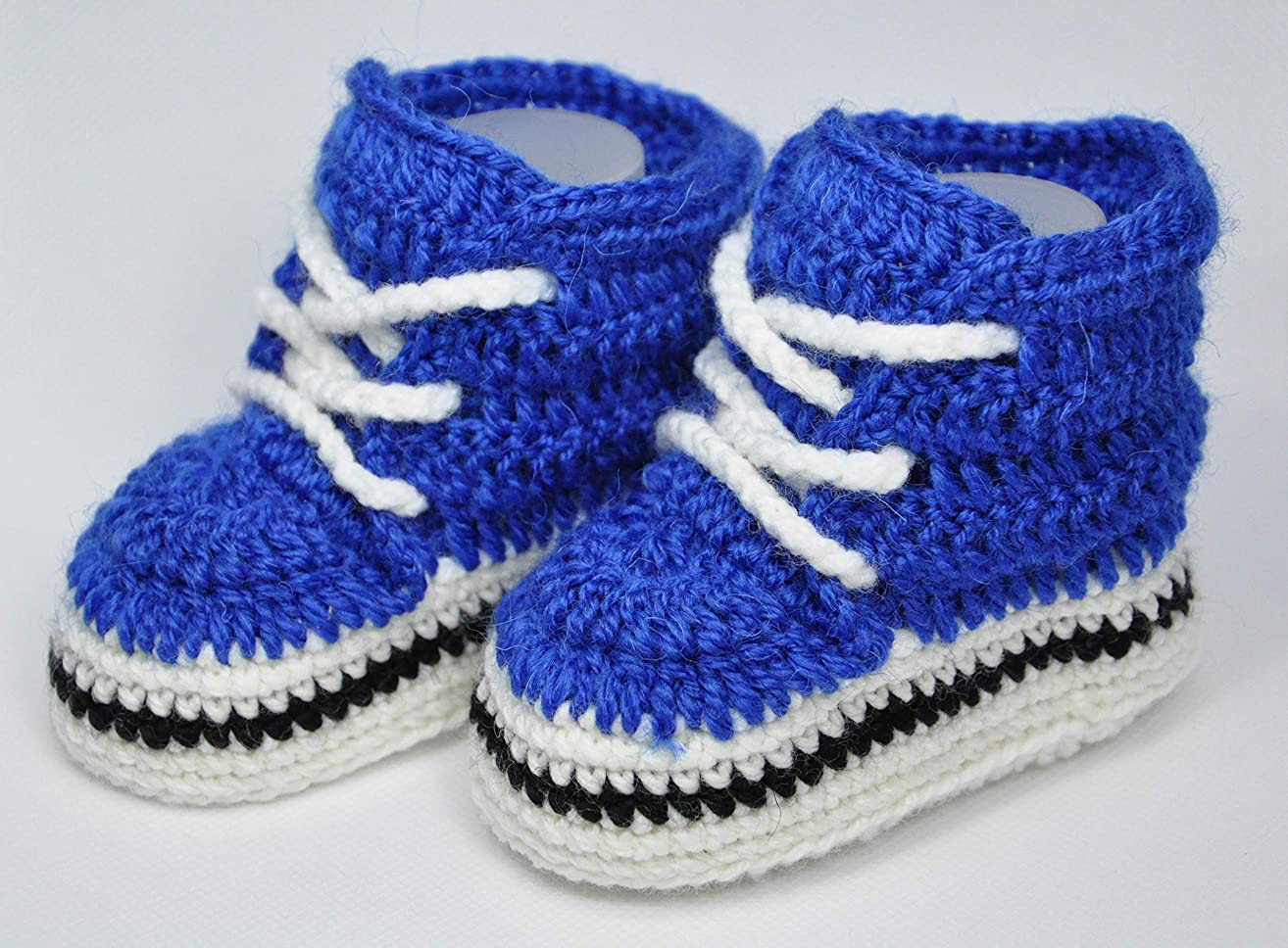 Baby boy shoe. These booties are MADE and ready to SHIP.