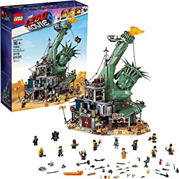 The LEGO 2 Movie Welcome to Apocalypseburg! Building Set (3178 Pieces)