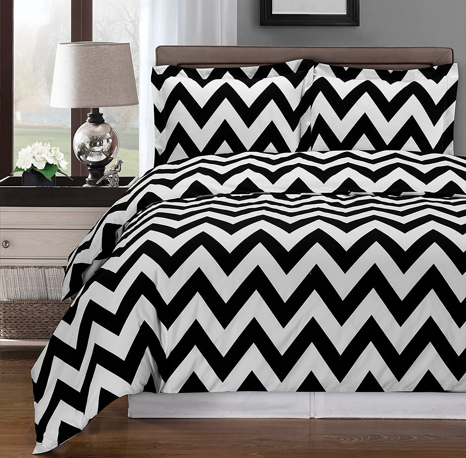 Black and White Chevron trend rank Max 76% OFF 3-Piece King Cal-King Duvet Set Cover