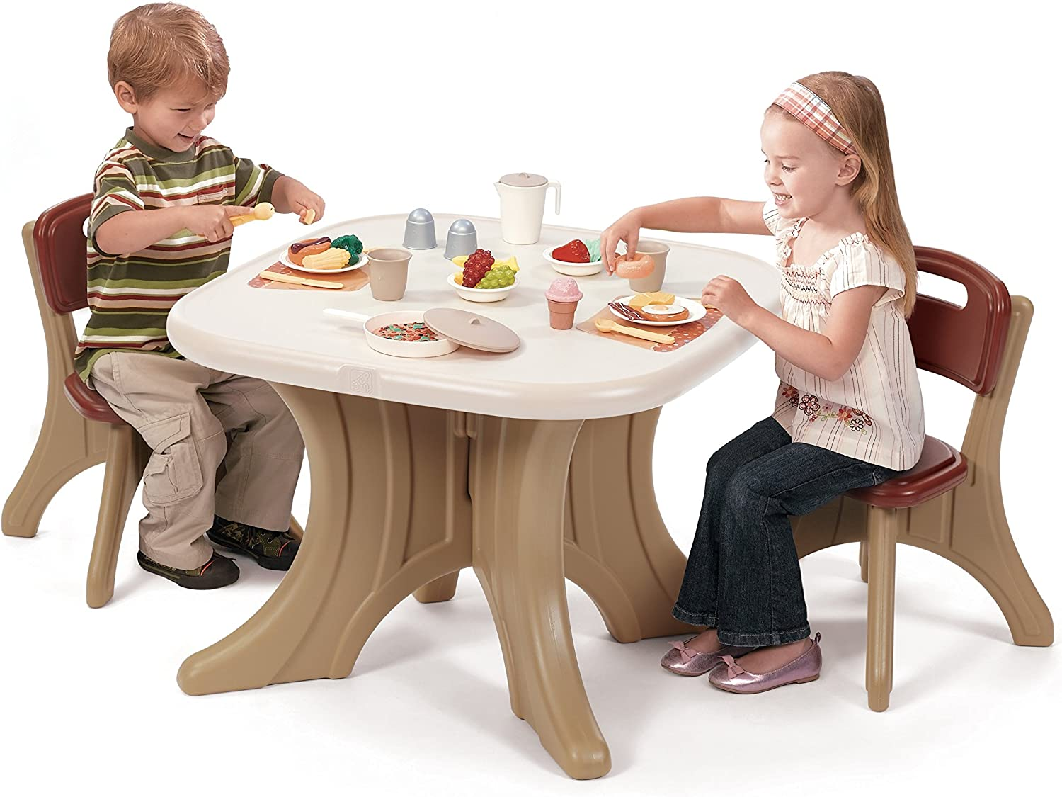 Step2 New Traditions Table & Chairs Set - 896800
