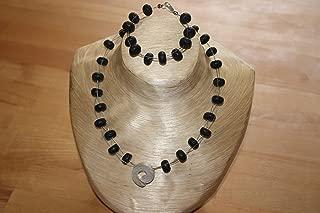 Unikat !! Sch/öne handgefertigte Kette//Collier aus echten Lava-Stein Rondellen und Petrol farbenen Lava Perlen !