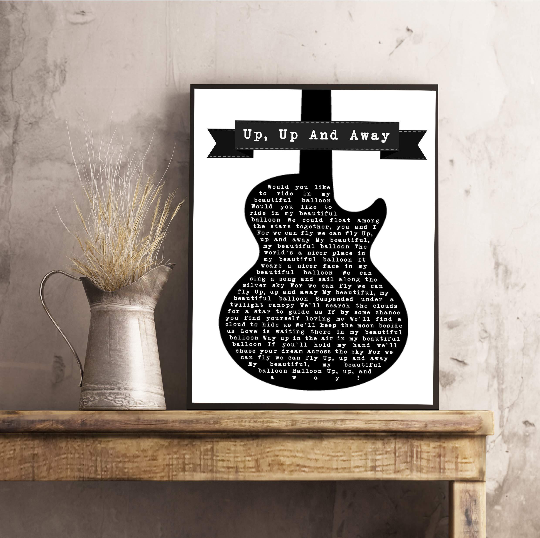 Letra de canción para guitarra, color blanco y negro con frase en ...