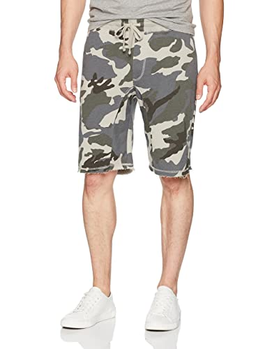 Camouflage Men s Clothing  Amazon.com a8bdef6f8d3