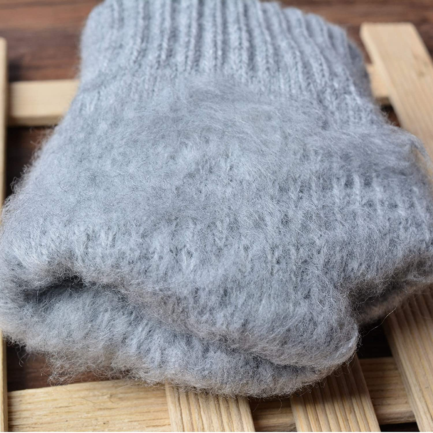 WuyueSun Women's Cashmere wool Knitted Gloves Winter Warm thick touch screen gloves Solid Mittens for Mobile Phone Tablet Pad