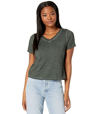 Eileen Fisher V-Neck Short Sleeve Top in Pigment Dyed Slubby Organic Cotton