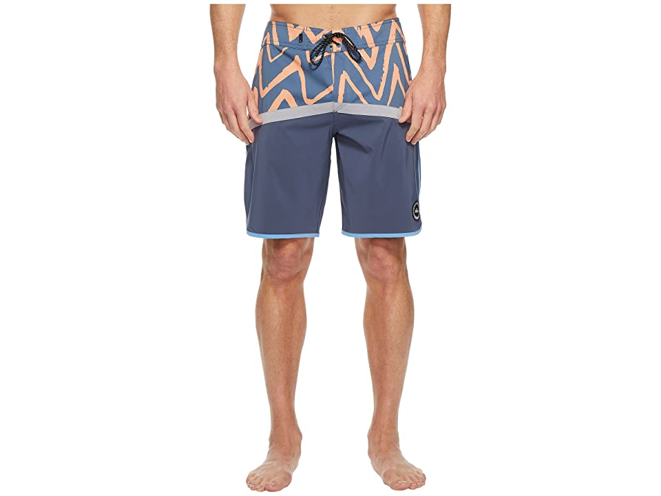 Quiksilver Highline Techtonics 20 Boardshorts (Silver Sconce) Men