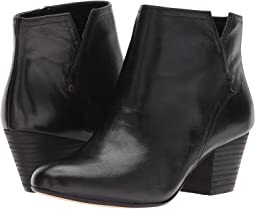 Nine West Hadriel