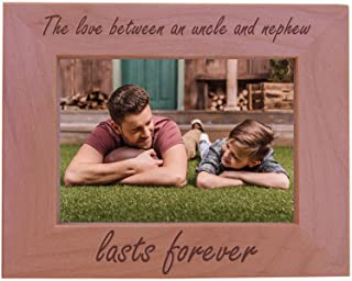 CustomGiftsNow The love between an uncle and nephew lasts forever - Wood Picture Frame - Fits 5x7 Inch Picture (Horizontal)