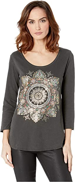 3/4 Sleeve Foil Medallion Tee