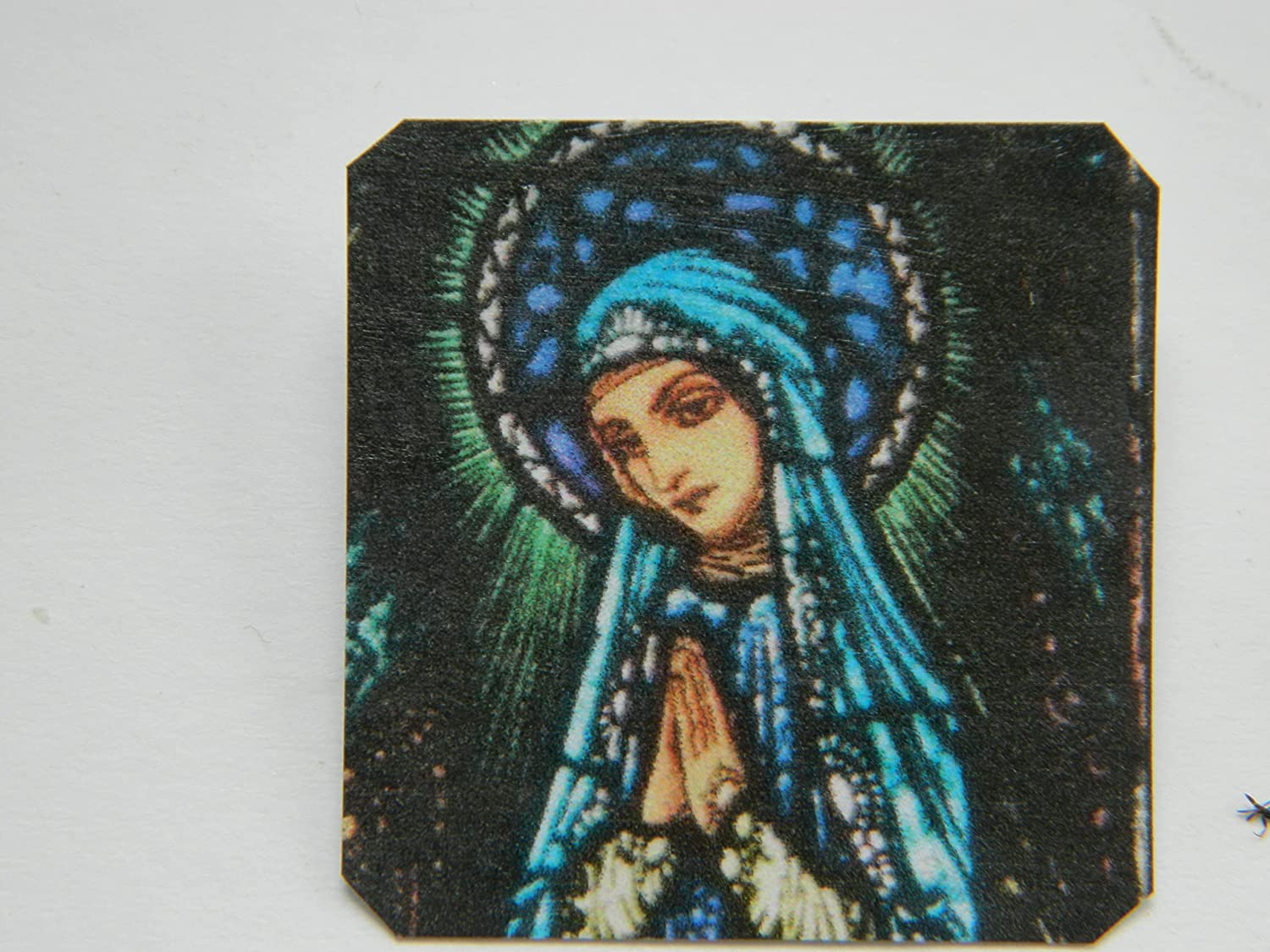 Lapel Pin Harry Clarke Stained Glass Mary Detail Tampa High material Mall Virgin