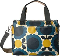Matt Laminated Scallop Flower Spot Zip Messenger