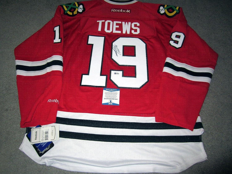 Signed Jonathan Toews Jersey  w BAS COA XL  Beckett Authentication  Autographed NHL Jerseys