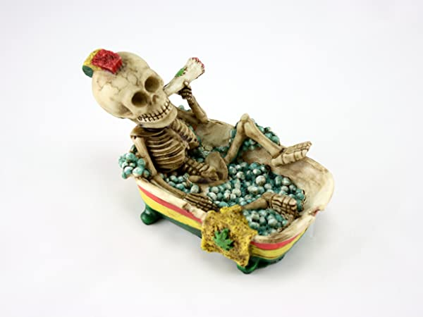 Skyway Jamaican Ashtray Smoking Skeleton