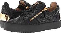 May London Heel Plate Low Top Sneaker