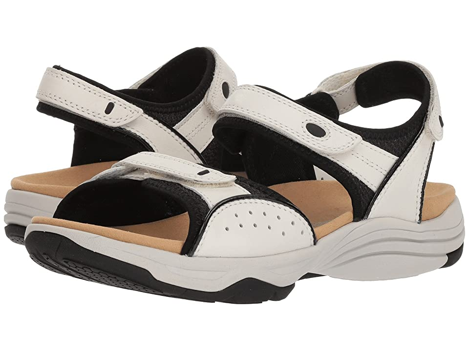 Clarks Wave Grip (White Leather 2) Women