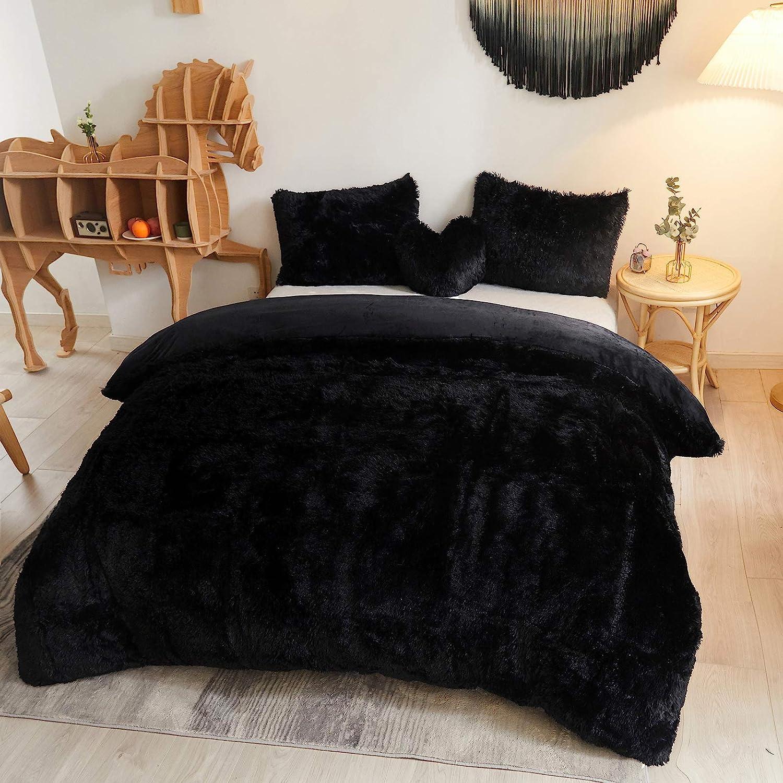 MEGO Luxury Shaggy Duvet Cover Set Ultra Soft Faux Fur Fluffy Comforter Set Fuzzy Bedding 3 Pieces(1 Duvet Cover + 2 Pillow Shams),Zipper Closure(King,Black)