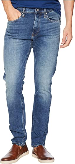 CKJ 026 Slim Jeans in Houston Mid Blue