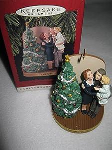 1996 It's a Wonderful Life Hallmark Keepsake Ornament