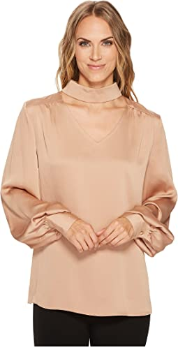 Vince Camuto - Long Sleeve Mock Choker V-Neck High-Low Blouse