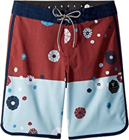 "Creators 4-Way Stretch Boardshorts 17"" (Big Kids)"