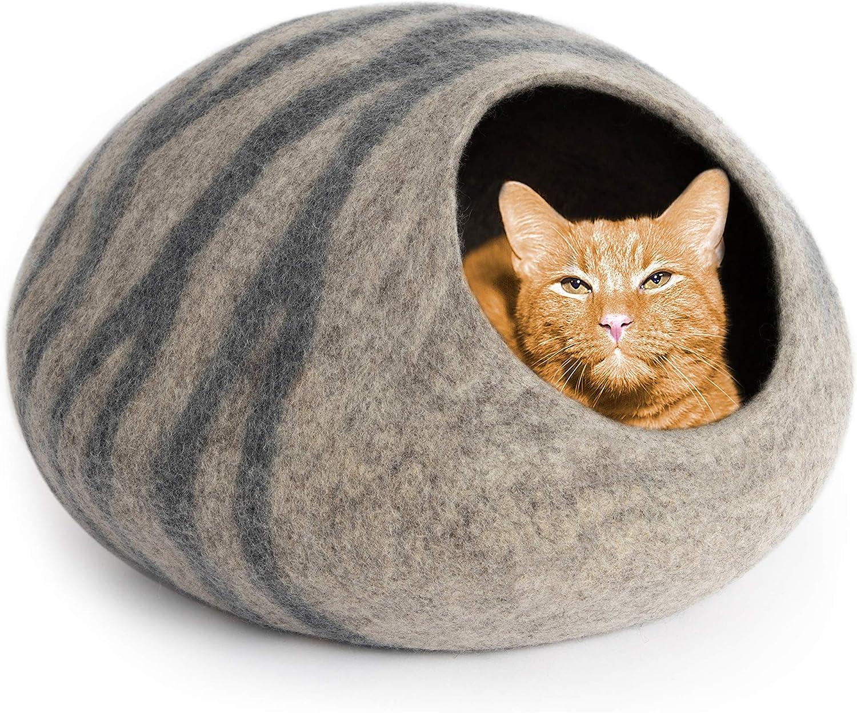 Buy Meowfia Premium Felt Cat Bed Cave (Medium) - Handmade 100% Merino Wool Bed for Cats and Kittens (Light Grey/Medium) Online in Indonesia. B078NJM2CT