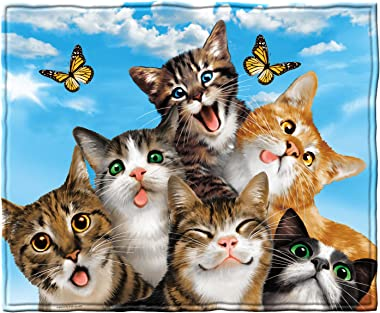 Dawhud Direct Cats Selfie Super Soft Plush Fleece Throw Blanket