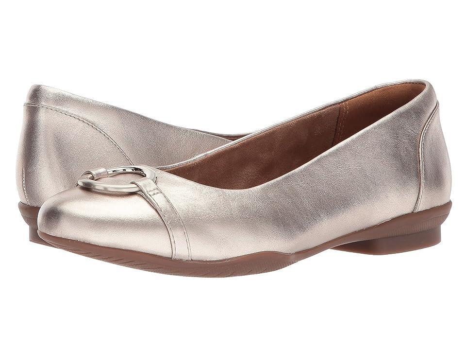 Clarks Neenah Vine (Gold Metallic Leather) Women