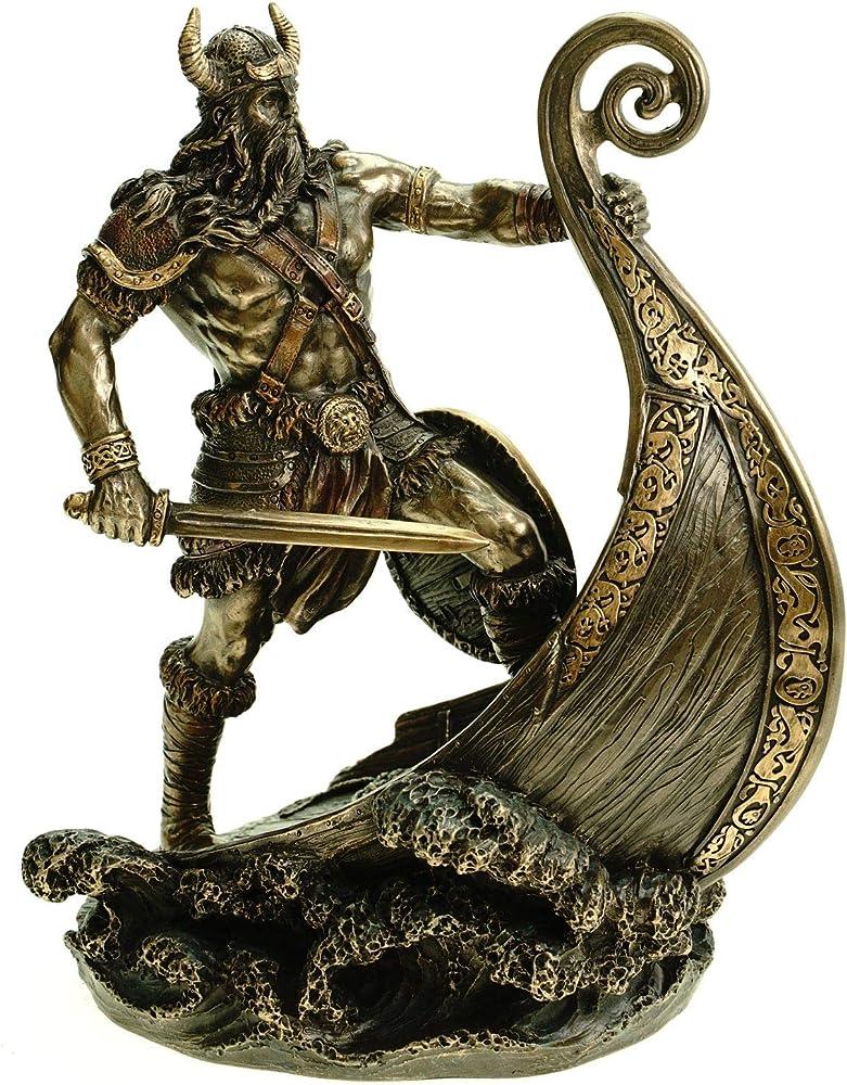 Veronese statua vichingo seduto sulla nave del drago