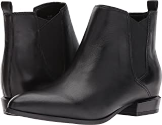 nine west doloris boot