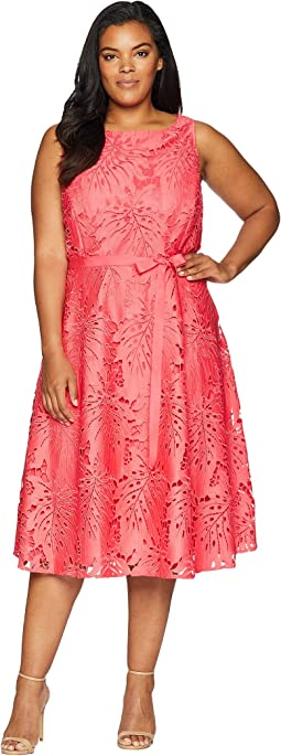 Plus Size Sleeveless Chemical Lace Fit and Flare Midi